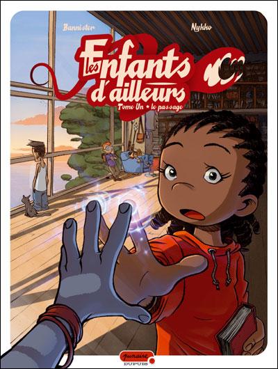 """Couverture """"Les Enfants d'ailleurs"""" tome 1"""