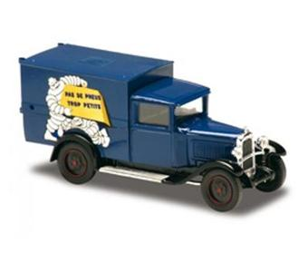 solido citro n c4 fourgon 1930 pas de pneu trop petit. Black Bedroom Furniture Sets. Home Design Ideas