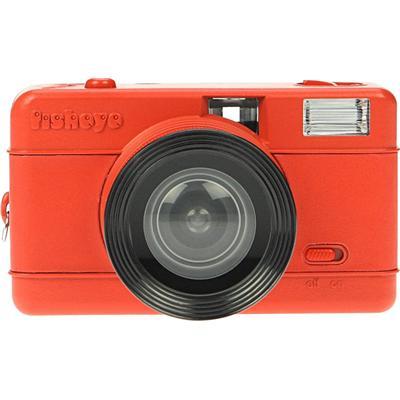 Le Fisheye le plus compact du monde avec de riches fonctionnalités. La version 2 est également en vente dans notre boutique, Utilise de la pellicule 35mm.