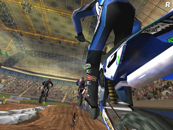 Moto Racer 3 Gold Edition sur PC : tous les jeux PC à la Fnac