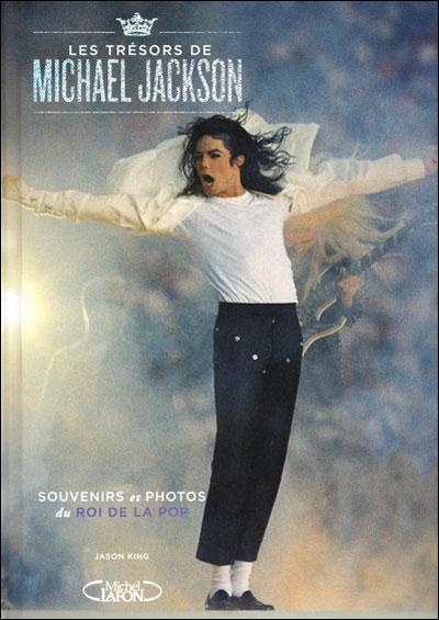 [Livre] Les trésors de Michael Jackson, souvenirs et photos du Roi de la Pop... 9782749912325